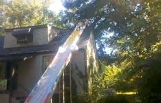 Wasserrutsche vom Haus