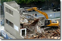 Hausabriss ohne Absperung