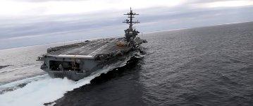 Ausweichmanöver US-Flugzeugträger