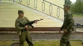 AK47 deaktivieren, Gewehr entladen