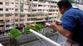 Angeln vom Balkon