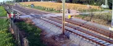 Bahnübergang Fahrrad knapp