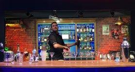 Barkeeper Flaschentrick