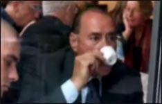 Silvio Berlusconi, Popel essen, Italien, Dessert