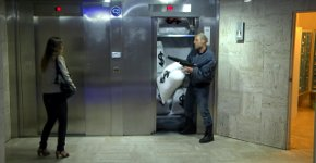 Fahrstuhl Schabernack Remi Gaillard