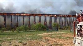 Eisenbahnbrücke, Feuer, Einsturz