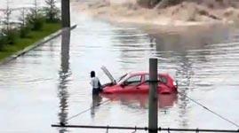 bus, überschwemmung