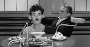 Charlie Chaplin - Feeding Machine