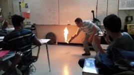 Chemie Lehrer Feuer