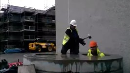 Whack-A-Mole Maulwurf schlagen Baustelle Bauarbeiter