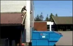 Container Sprung, Video