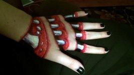 Gruselige Knochenhand
