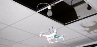 Glühbirne wechseln Drohne