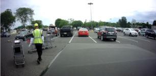 Einkaufswagen Parkplatz
