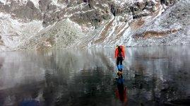 See Eis gefroren
