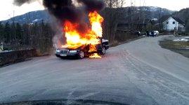 Feuerwehr brennendes Auto Fail