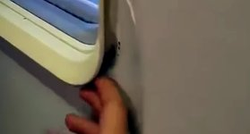 Flugzeug Scheibe defekt