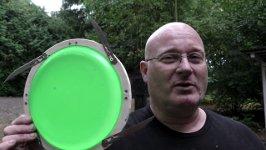 Frisbee Waffe Klingen Nägel
