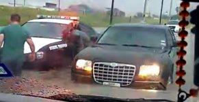 Polizist Auto Fenster