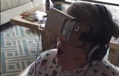 Oma VR-Brille