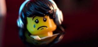 Greenpeace, Lego, Shell