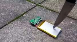 Messer Lithium-Ionen Handyakku