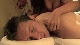 Thai Massage mit Happy Ending