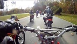 Verrückter Motorrad Unfall