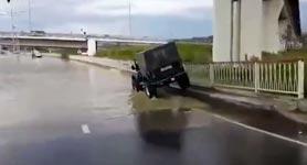 Jeep abssaufen