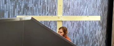 Jesus Rolltreppe Kreuz Fail
