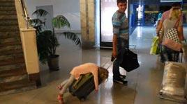 Jetlag, Flughafen, schlafen