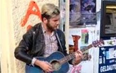 Jimmy Somerville, Straßenmusiker