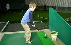 Kind, Golf spielen, Golfschläger