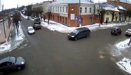 Gefährliche Kreuzung ohne Ampeln