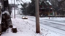 Links abbiegen mit Stil, Schnee, Eis
