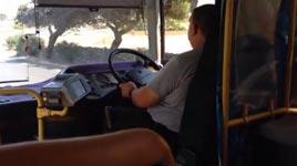 Malta Busfahrer Lenkrad
