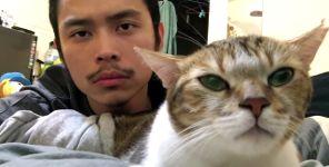 Asian Mike und seine Katze