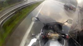 Motorrad, Flut, Autobahn