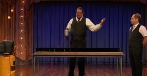 Penn & Teller - Nagelpistole
