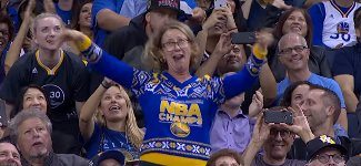 NBA Warriors Fan Dance