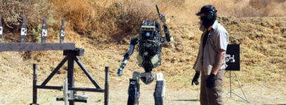 Bosstown Dynamics Roboter Kampftraining