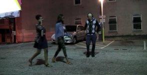Alter Mann Michael Jackson tanzen erschrecken