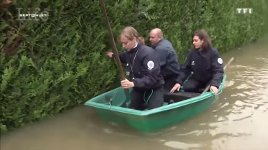 Polizei Frankreich Hochwasser