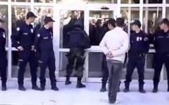 SEK, Polizei, stürmen, Tür