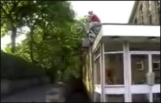 Fahrrad, kaputt, Sprung, Video