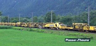 RU 800 S Zug Eisenbahn Schienen