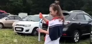 Fallschirmspringer Auto Crash