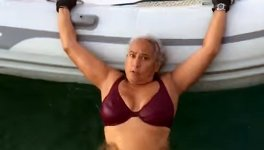 Schlauchboot Technik besteigen