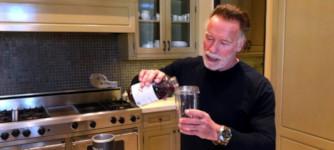 Arnold Schwarzenegger Eiweiß Drink