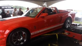 Shelby GT500 zerlegt Prüfstand